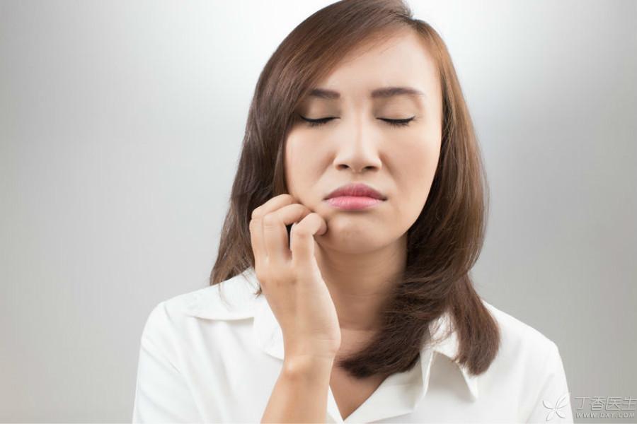 护肤品-红疹.jpg