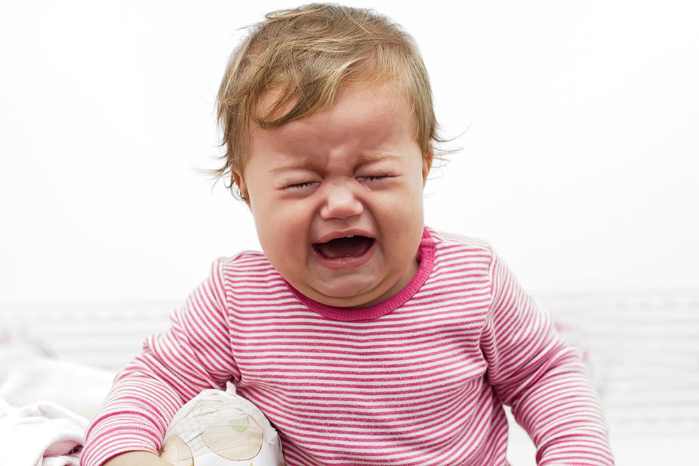 小孩哭泣.jpg