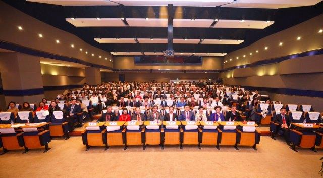 国内首个「医学科普研究所」在中山医院成立
