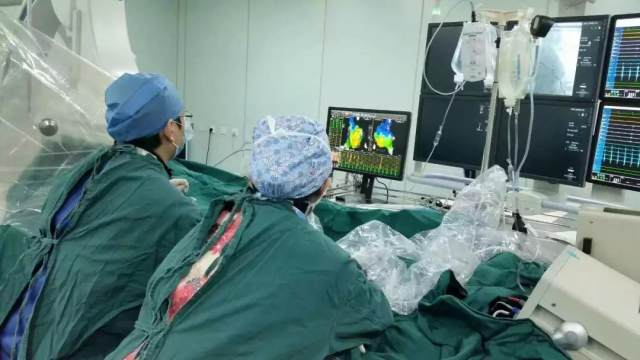 80 分钟!明慈心内科医生让患者过速的心慢了下来