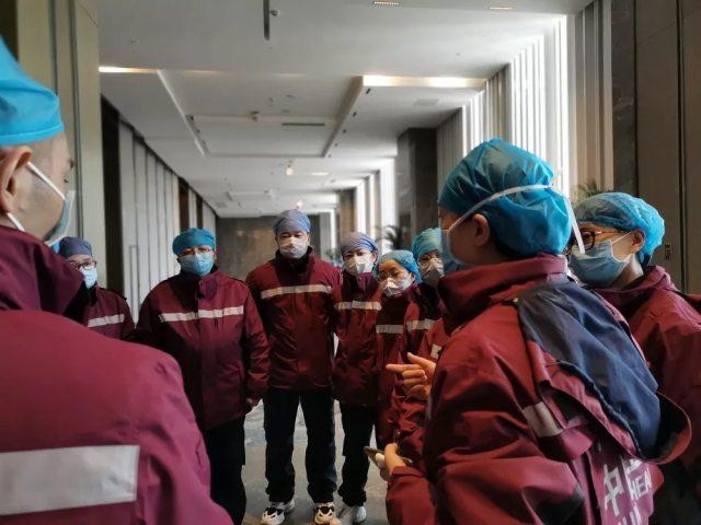 延安大学附属医院 4 名援鄂队员已进驻病房开展医疗救治工作