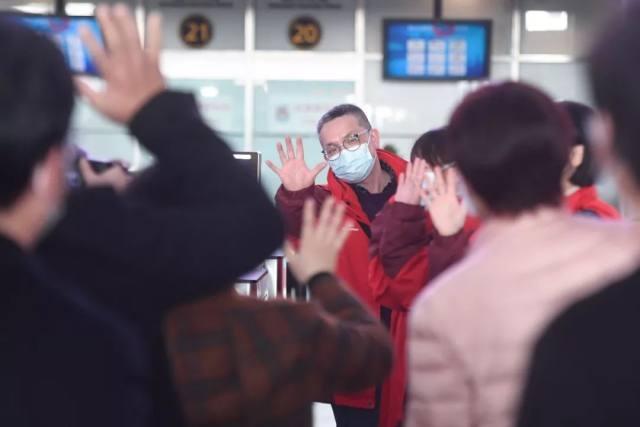 杭州市萧山区中医院:我们在光谷:短暂培训后,即将投入战斗!