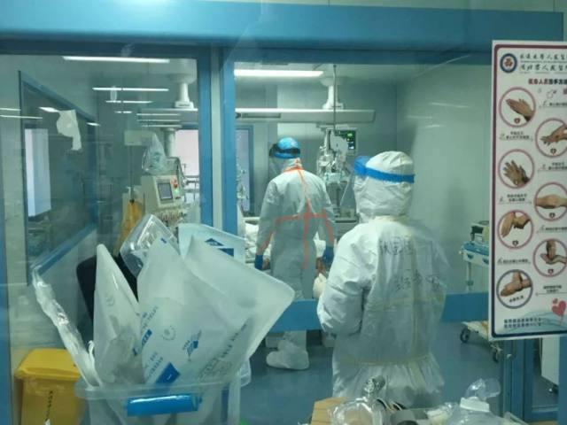 树兰杭州医院援汉日记 ⑧   「我不能穿着防护服倒下!」