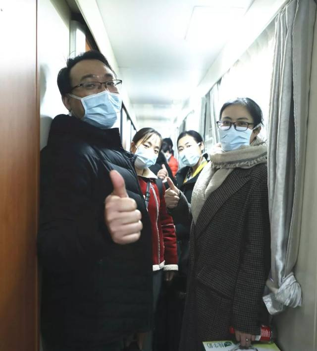 援汉日记⑤   李氏人工肝技术投入抗疫战役
