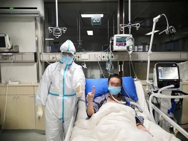 张明轩荣获全国卫生健康系统疫情防控工作个人