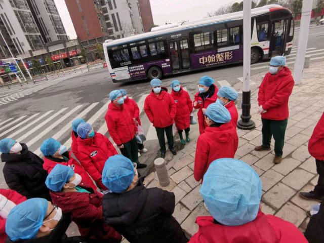 武汉一线日记:我们的一天