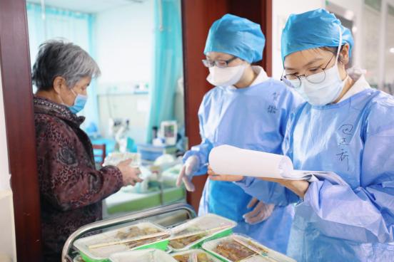用大爱托起生命的方舟 宜昌市第一人民医院护理团队战「疫」记