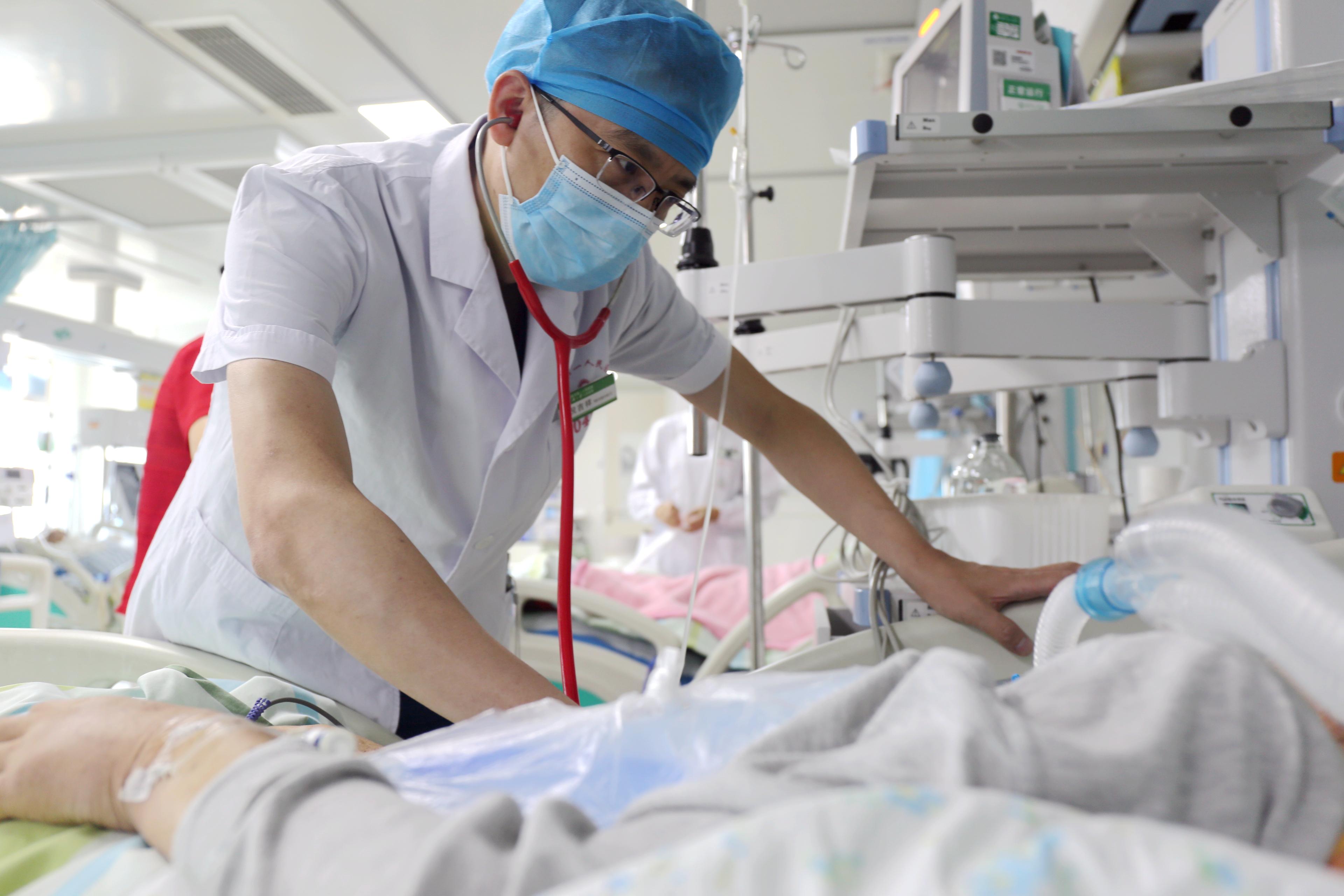 倪吉祥:时刻与患者「同呼吸共命运」