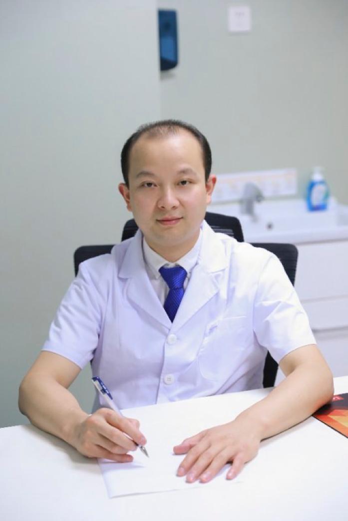 重庆北部妇产医院生殖中心杨春飞医师带你了解显微取精技术