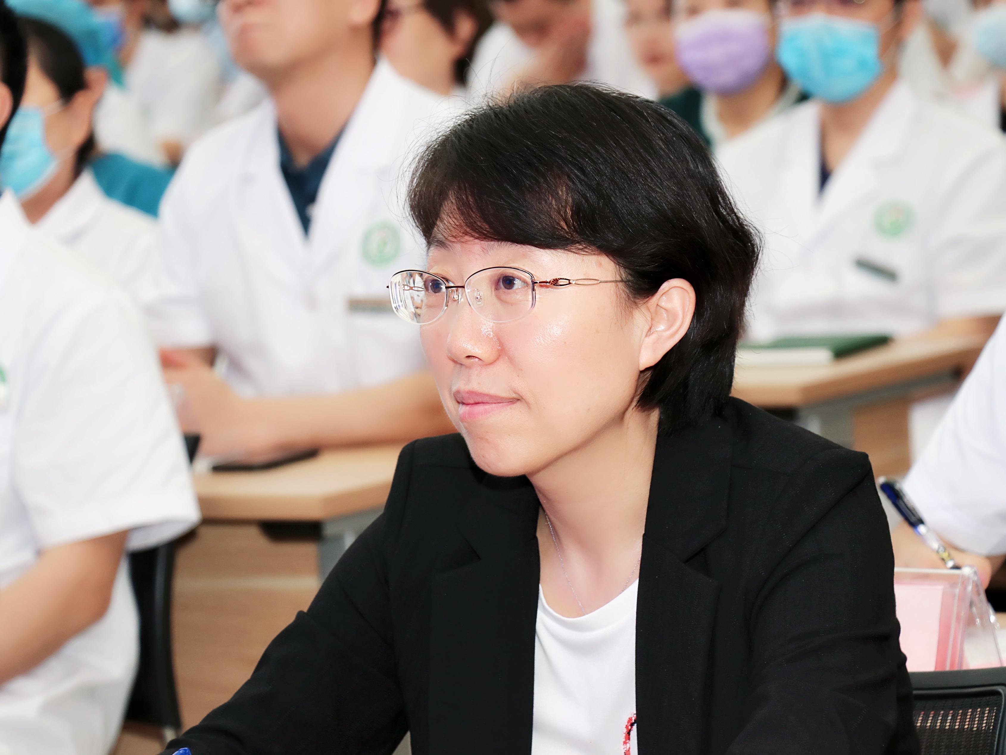 医院里的「媒体人」——西安大兴医院梁红娟