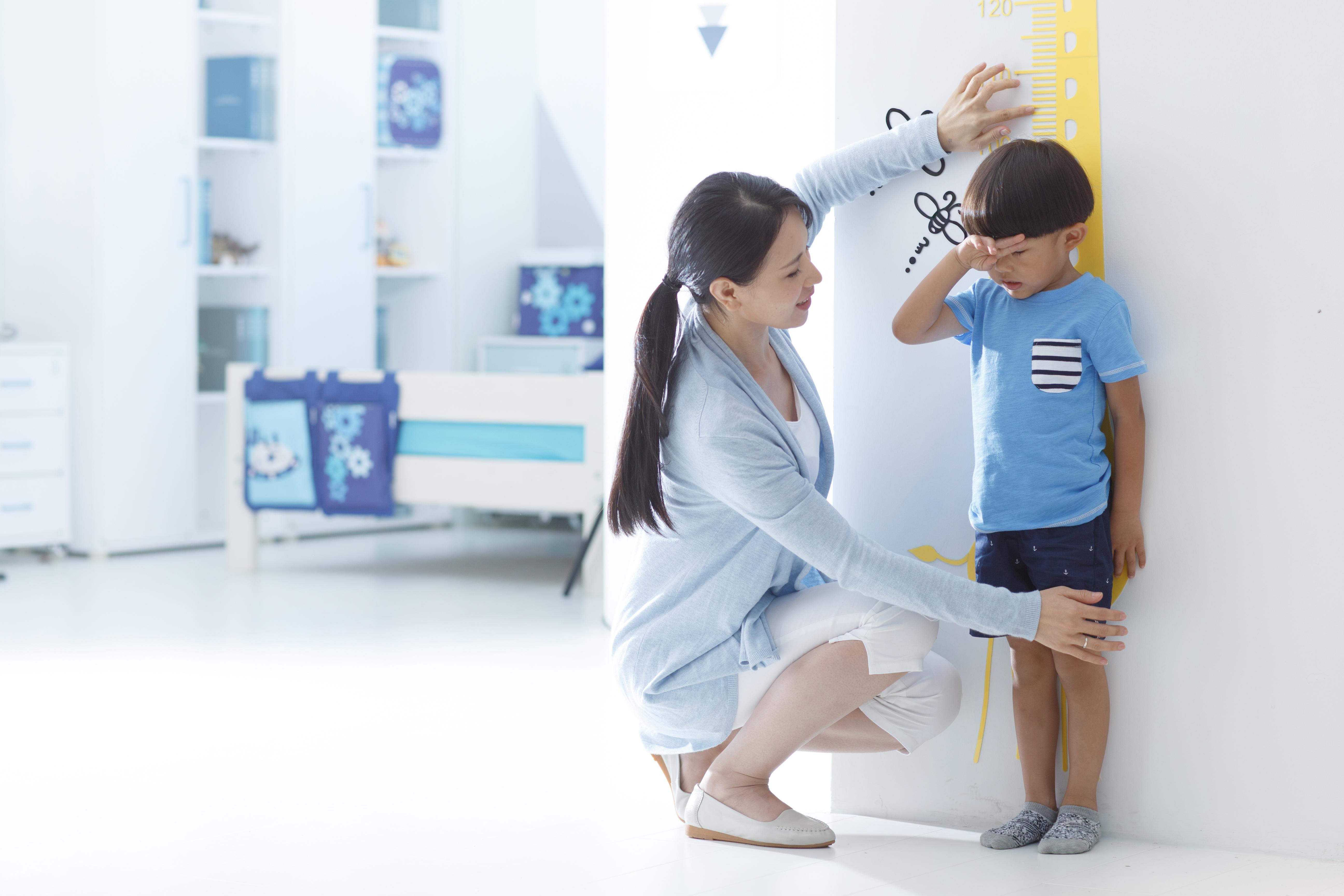 父母都矮,孩子还能不能长高?来做个骨龄检测看看