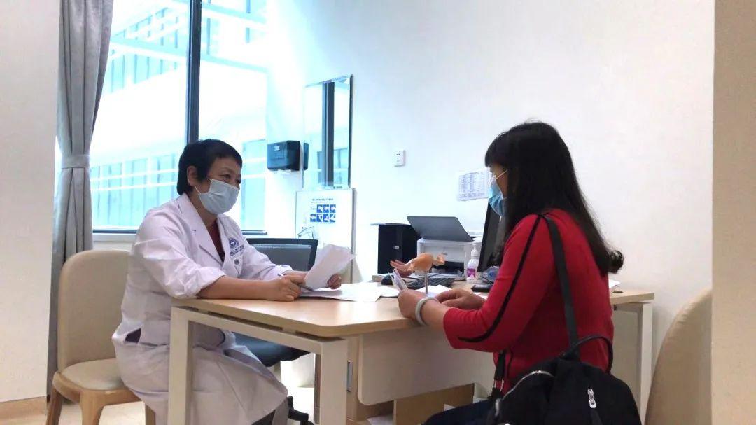前海人寿广州总医院:宫腔镜联合腹腔镜手术治疗,不孕症患者喜圆得子梦