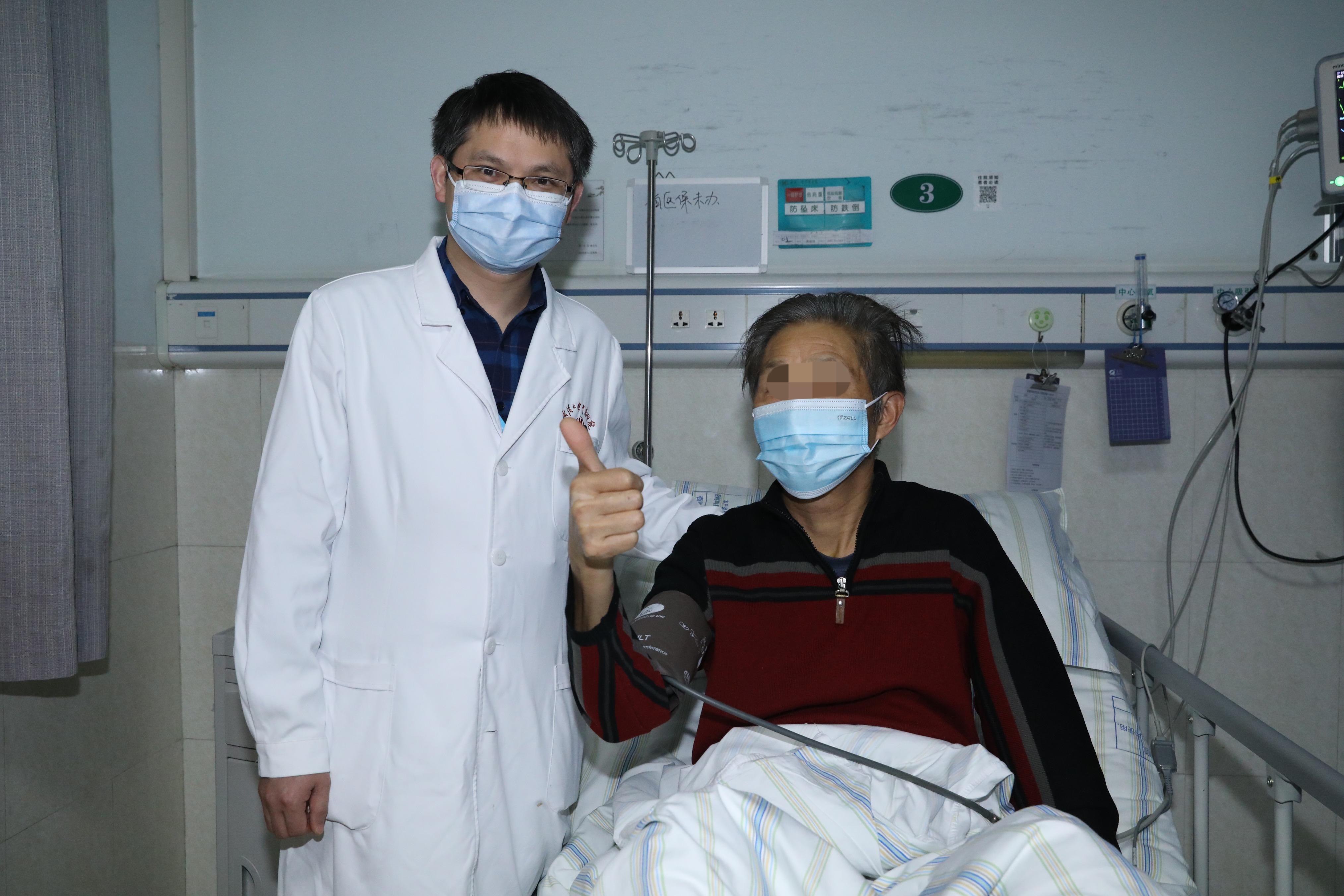 男子心脏早搏常常胸闷心慌,医生术中请他高歌一曲锁定病灶