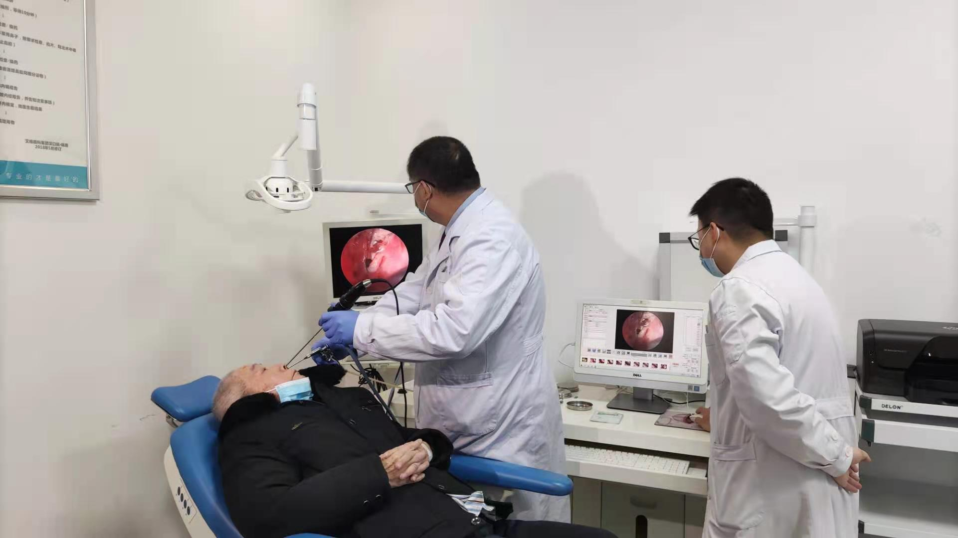 湖北首例:眼科医生开展眼鼻联合手术拯救患者视力