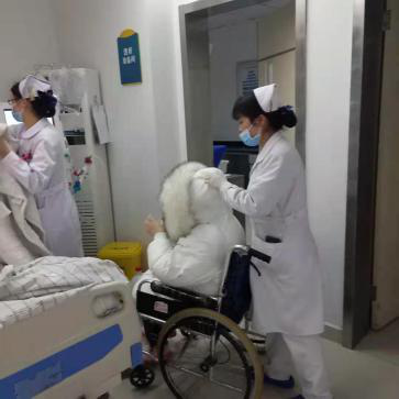 【2020 年度先进集体】 生命不息,「透」亮人生——记河南信合医院血液净化室