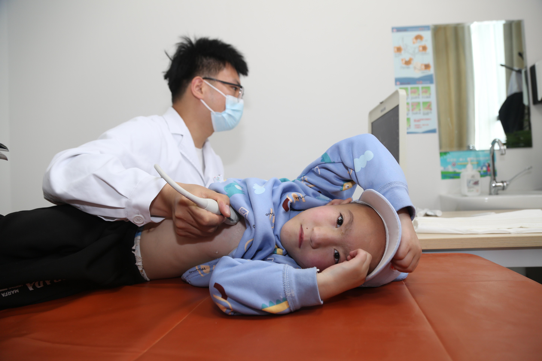 武汉亚心医院「六一爱心行」:首批甘肃贫困先心病患儿顺利完成手术