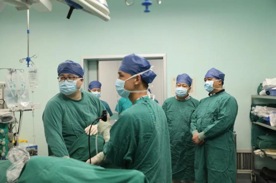 """5天、212台手术、全球直播!武汉大学人民医院举办这场""""超级学术盛宴""""!"""