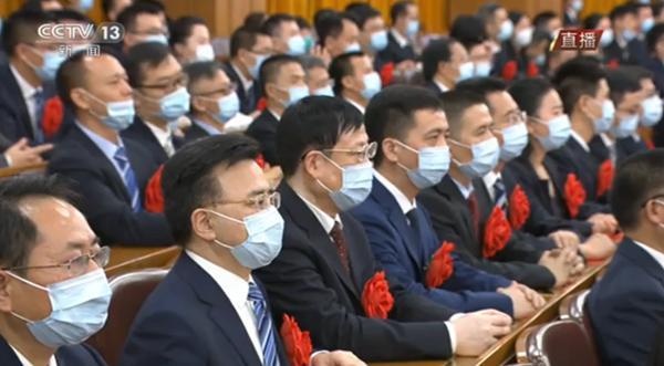 湘雅二医院荣获 全国抗击新冠肺炎疫情先进集体
