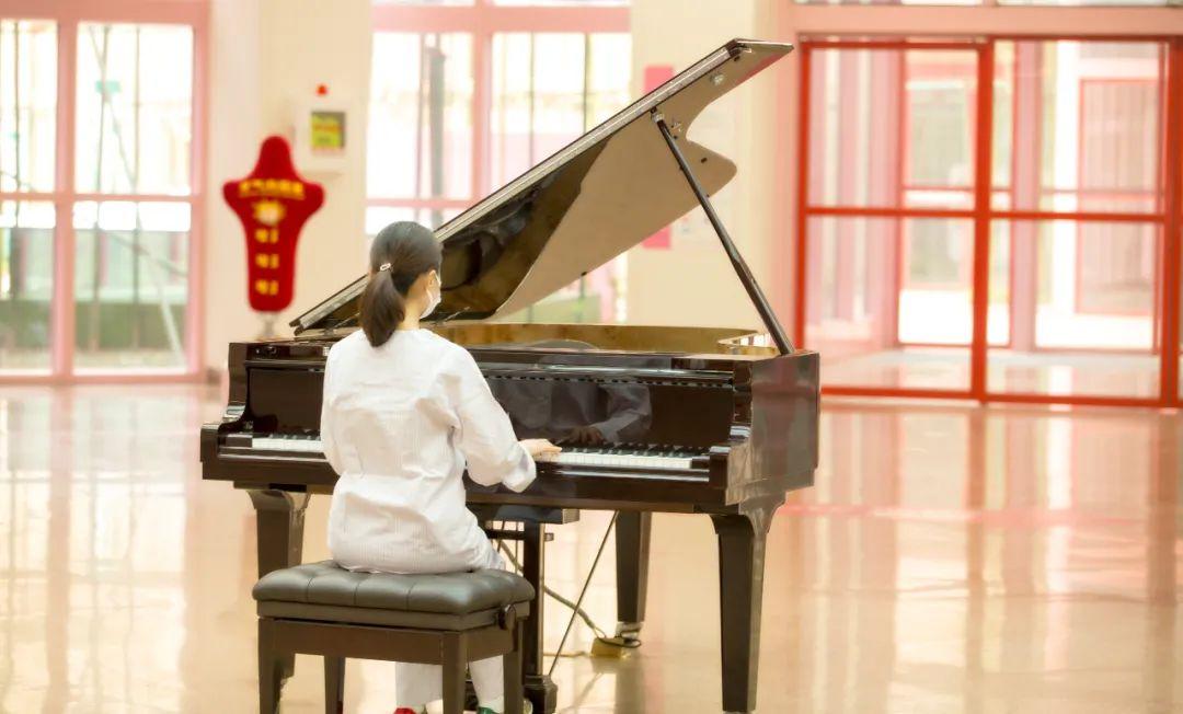 追踪一首钢琴曲