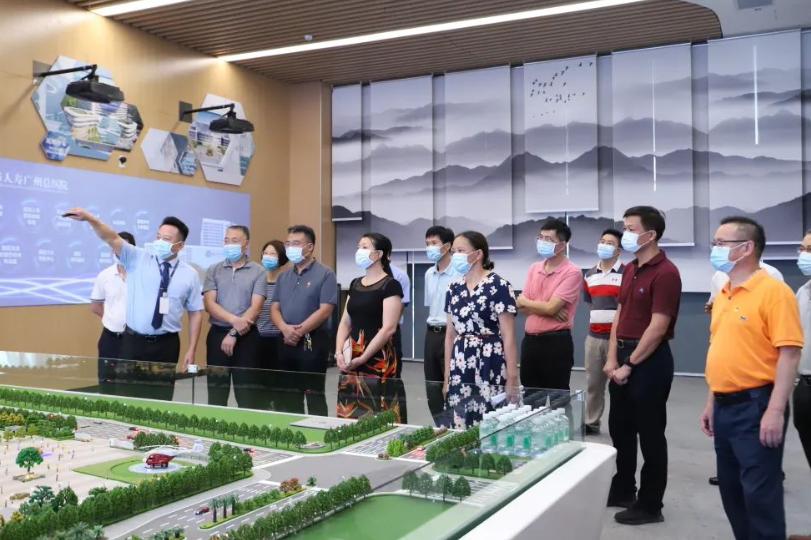「更好发挥人大代表作用」   人大代表走进前海人寿广州总医院开展视察活动