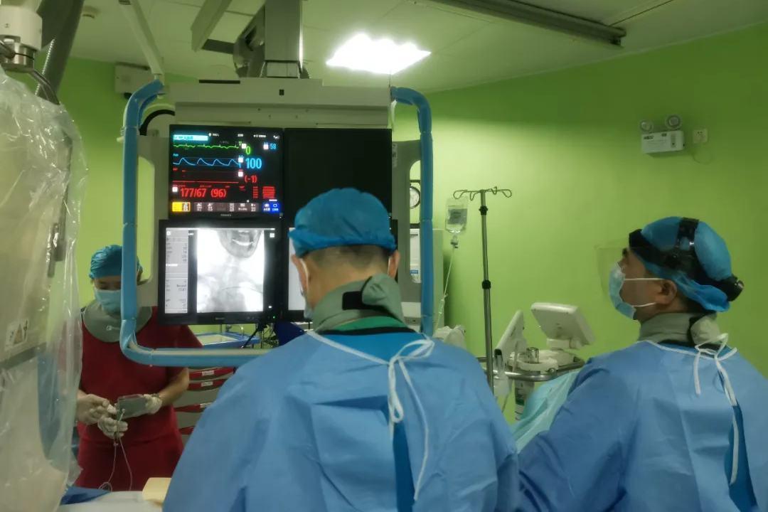 华润武钢总医院神经内科紧急动脉取栓治疗,顺利救治急性脑梗死患者