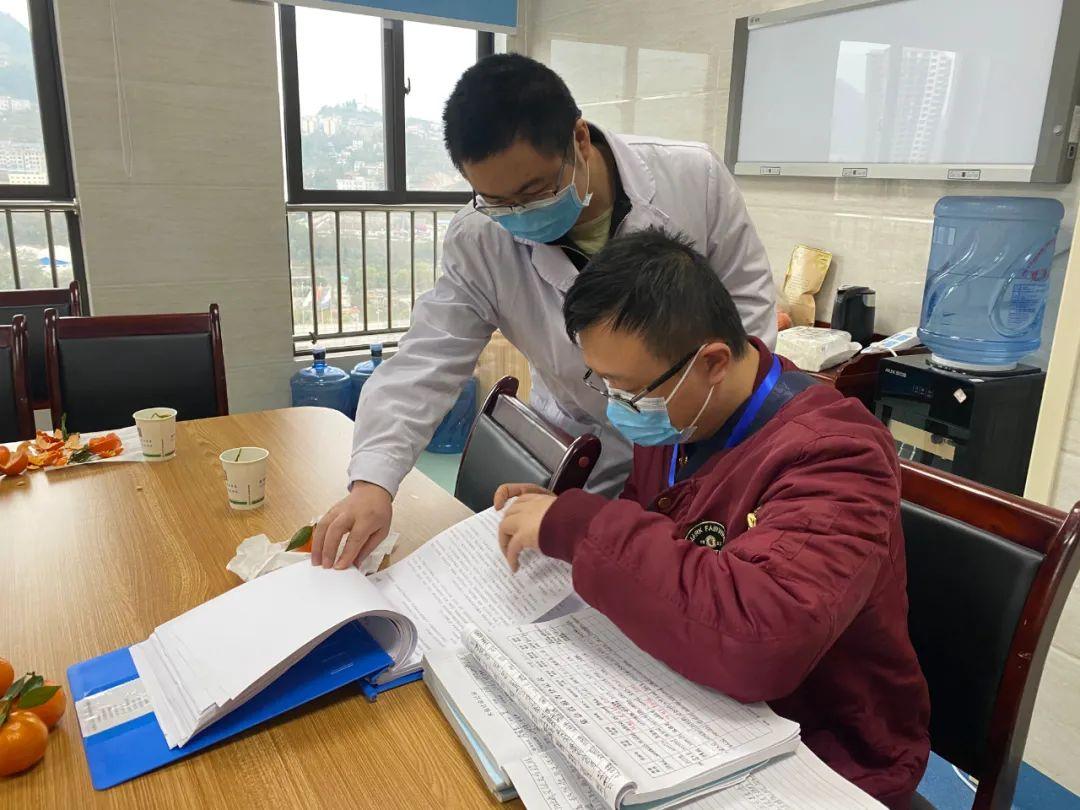 调研指导   省专家组到我院调研泌尿外科质控工作