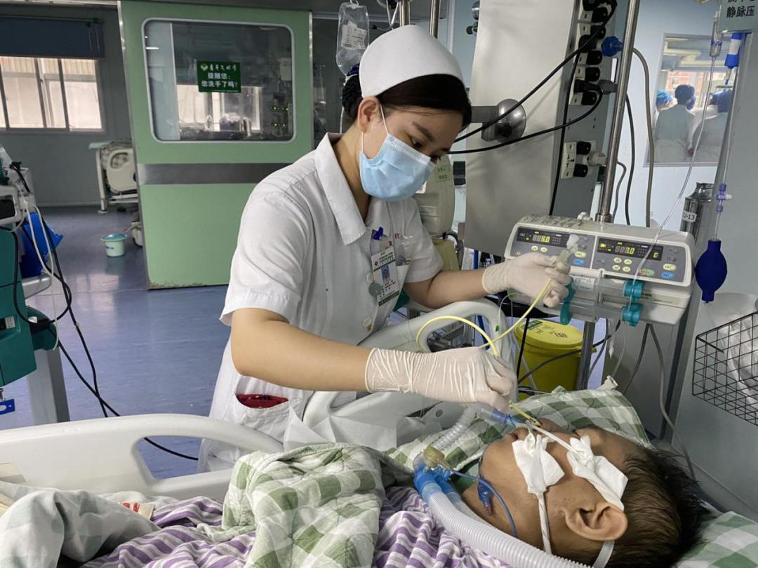 51 个白天与黑夜的接力营救,成功救治重症急性胰腺炎生命垂危患者