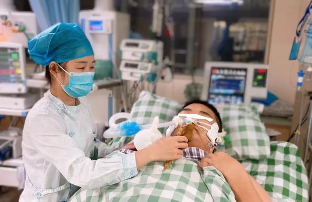 广中医仙葫院区重症医学科里年轻生命命悬一线,竟是奶茶惹的祸!你必须得了解奶茶「隐秘的角落」!