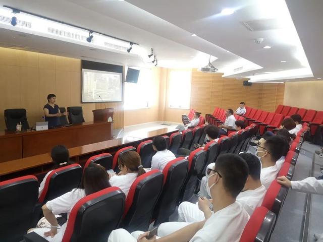 理论指导实践 实践丰富理论 ——上海市第二康复医院开展冲击波疗法课程培训