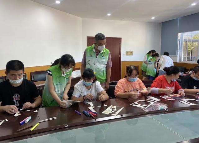 上海市第二康复医院开展阳光家园志愿者活动