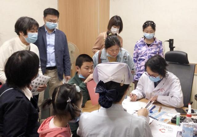 幼儿远视需重视,勿错过 3-6 岁黄金治疗期