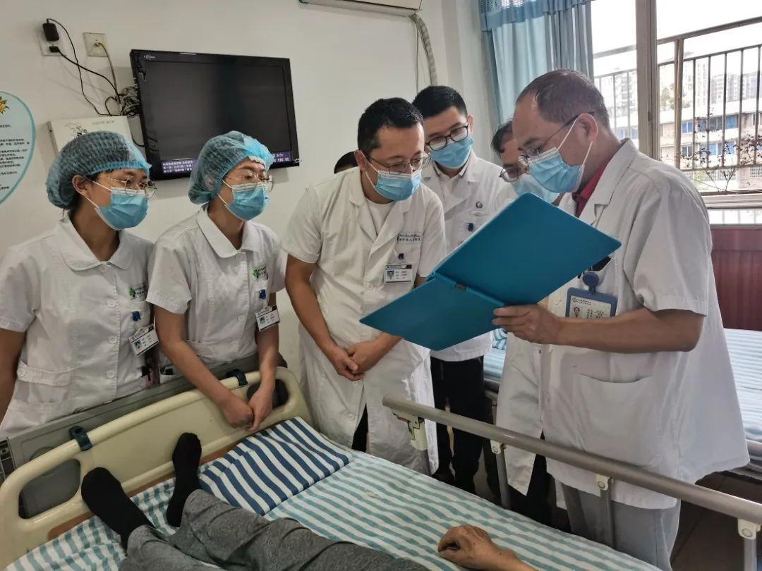 四川省人民医院专科联盟建设基层行首站走进新津