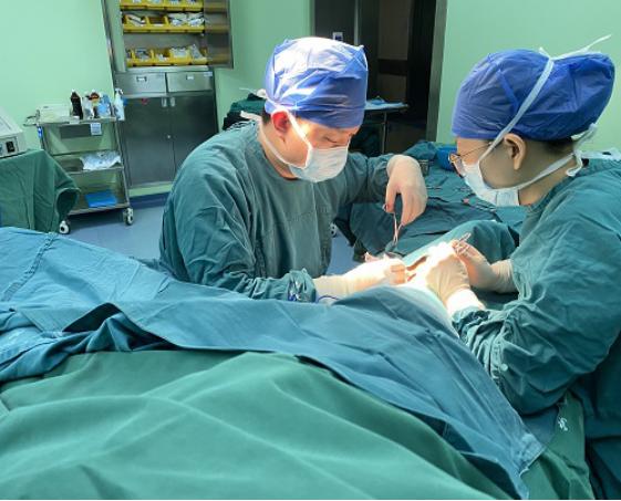 宜昌市第二人民医院:自体动静脉内瘘手术,搭建尿毒症患者的生命线!