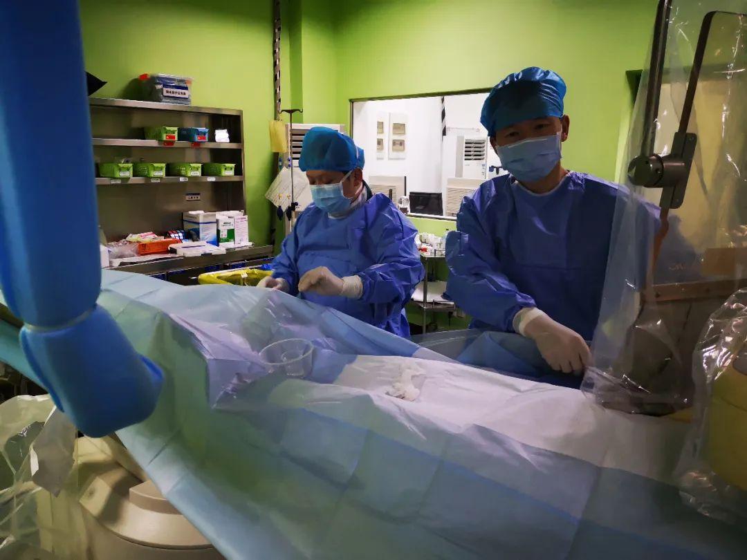 心脏骤停 11 次!华润武钢总医院胸痛中心团队从死神手中夺回患者生命!