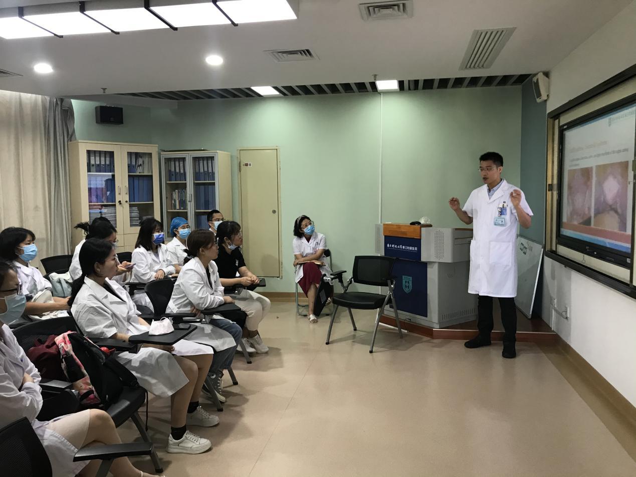 南方科技大学医院「早期接触临床」课程正式开讲
