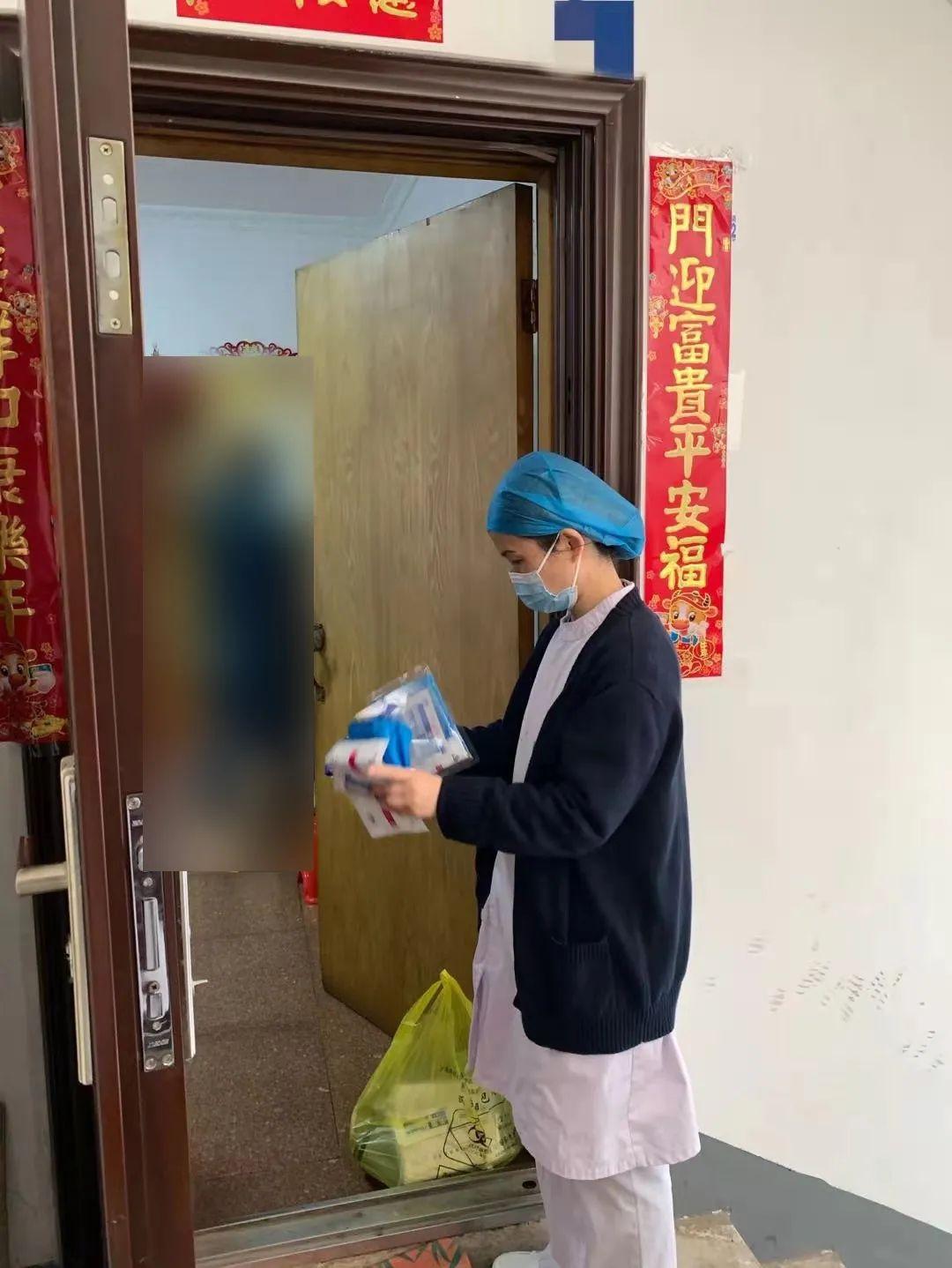 护士的春节是这样过的,网友:最美「敬业福」送给你们