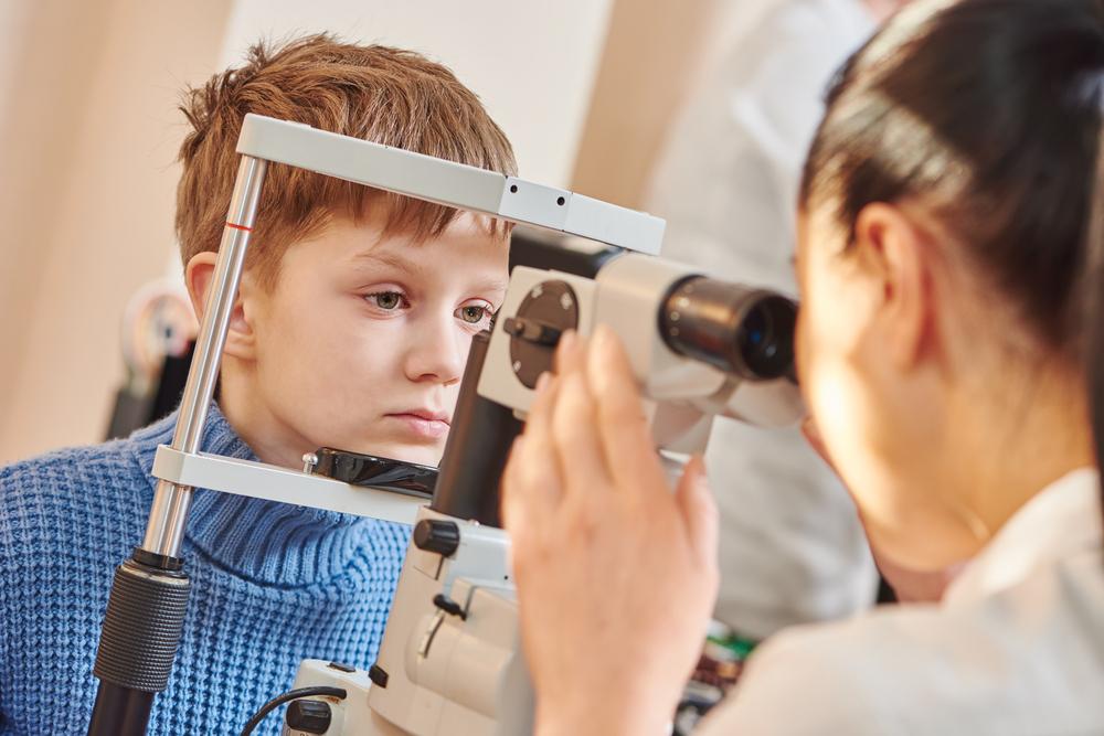 深秋初冬这个季节,儿童需要注意哪些眼科疾病?