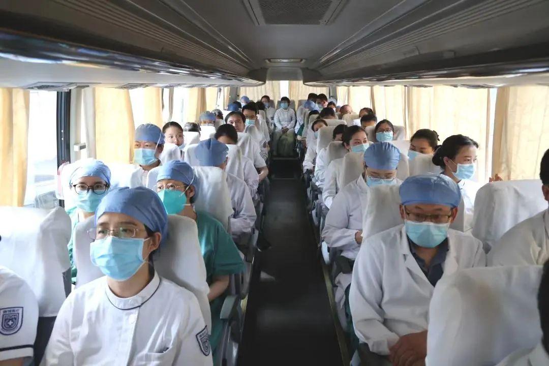 星月相伴,只为「宁」安 | 南京江北医院第 6 批 200 名医疗队员圆满完成二轮采集任务!