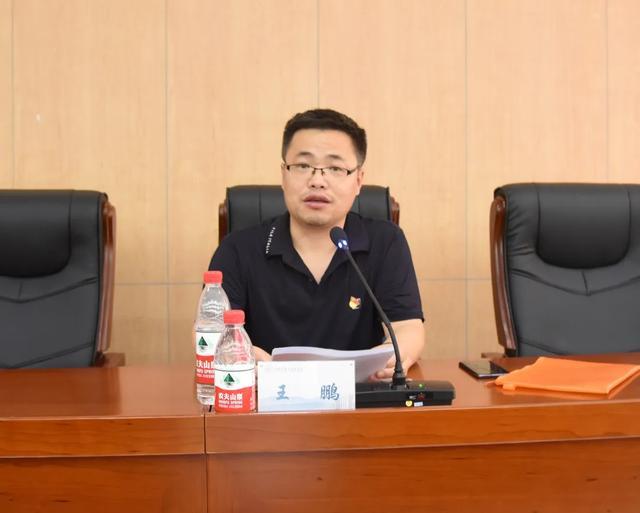 上海二康医院党总支开展学习「抗疫」事迹助力「双创」推进党日活动
