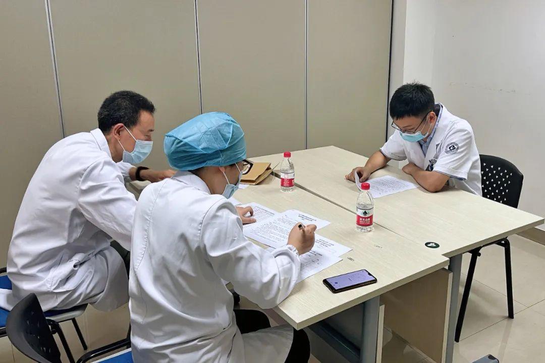 杭州市萧山区第一人民医院 2021 年度住培医师技能比武大赛顺利举行