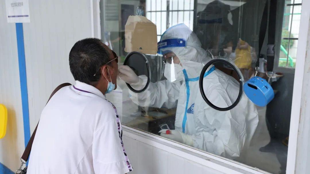为了你们的核酸报告,南京江北医院的他们都在拼!