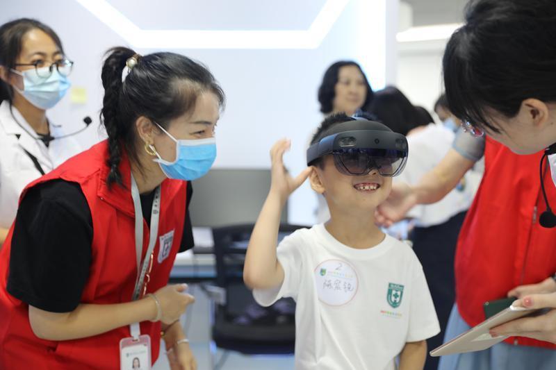 玩转智能医学「黑科技」,南方科技大学医院夏令营公益科普活动启动