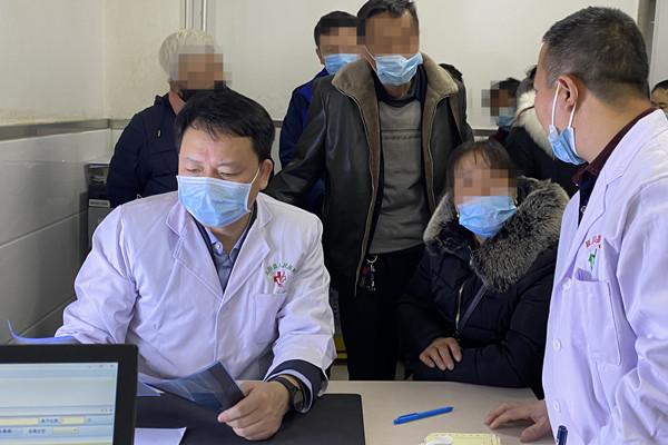 医联体「健康快车」驶进延川县 助推老区医疗健康再续新辉煌