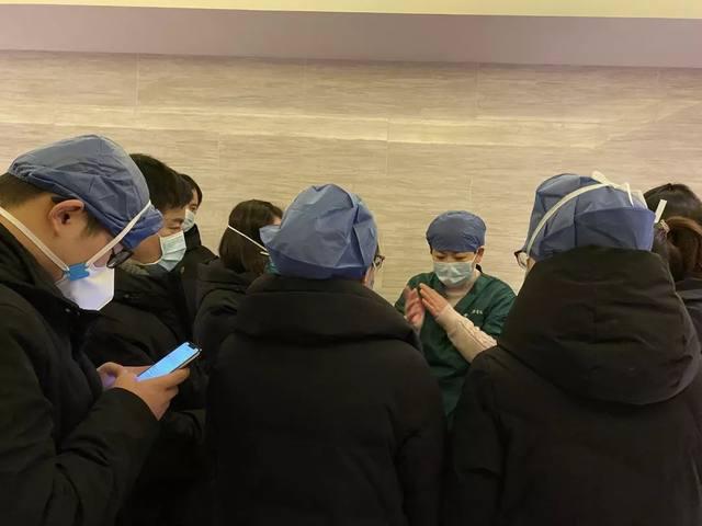 树兰杭州医院援汉日记 ⑥ | 看上去有点可爱的「小黄人」,其实里面不好受