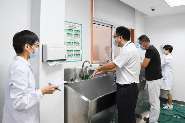 洗手也要考试?萧山区第一人民医院开展全院手卫生考核