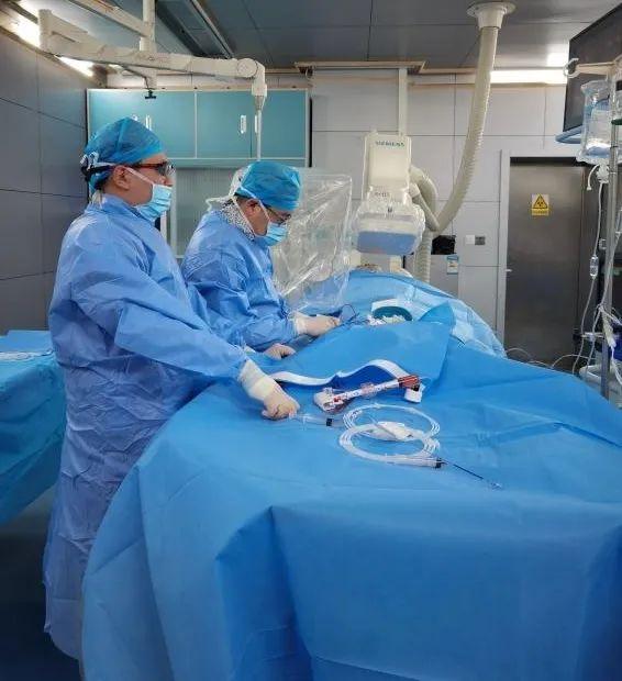 跨越年龄禁区!泰安市中心医院冠心病科成功为 95 岁患者实施冠脉支架手术