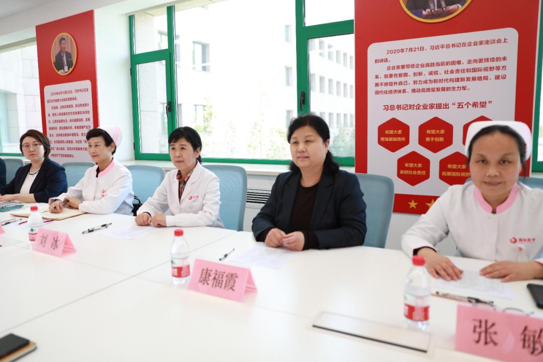 5•12 护士节系列活动 我院举行护理质量改善项目大赛
