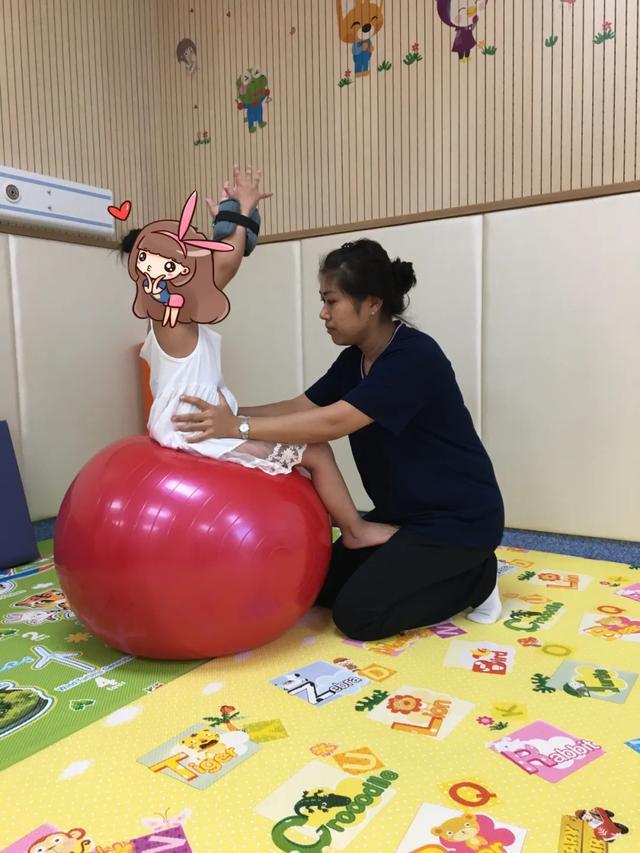 大连港医院残疾儿童康复复训啦!