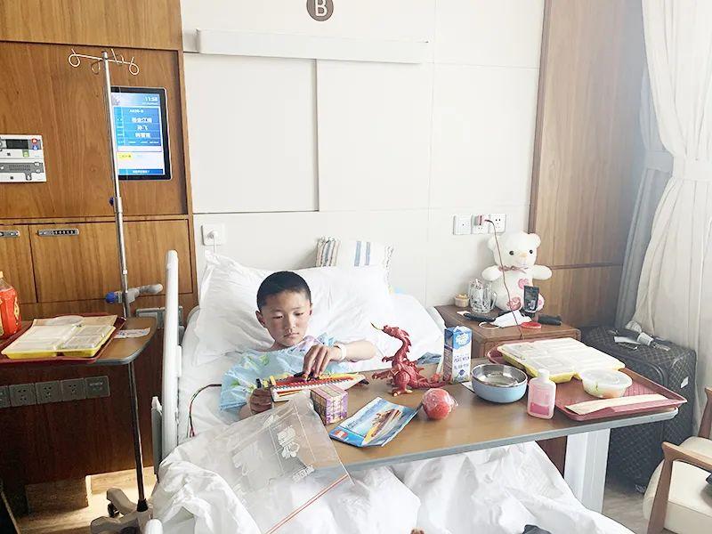 上海之行将改变他们的一生,西藏先心病患儿在上海德达医院接受免费救治