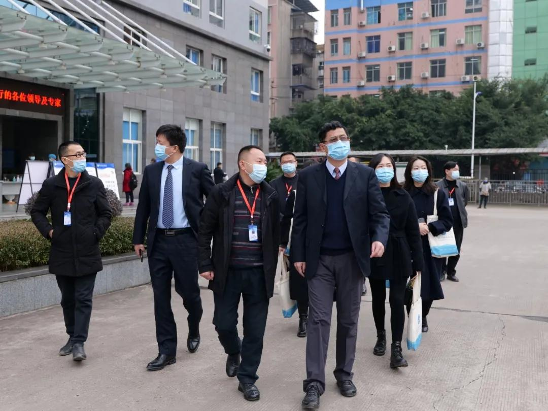 川北医学院附属医院高端人才走进岳池县人民医院开展基层行系列活动